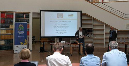 Nicola Armaroli (Cnr-Isof) introduce il Prof. John Mathews al meeting di Sunrise