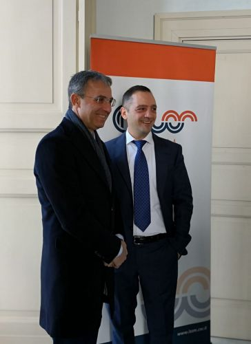 Il ministro dell'ambiente Sergio Costa e il direttore Issm Salvatore Capasso