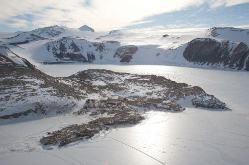Foto aerea della Base Mario Zucchelli
