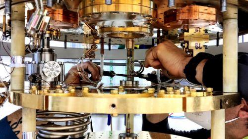 strumentazione per le misure di elettronica quantistica