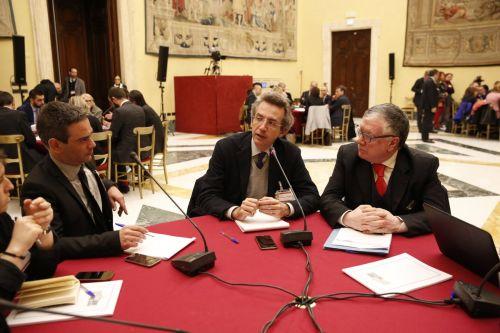 Massimo Inguscio ai tavoli di lavoro organizzati presso la Sala della Lupa, Camera dei Deputati