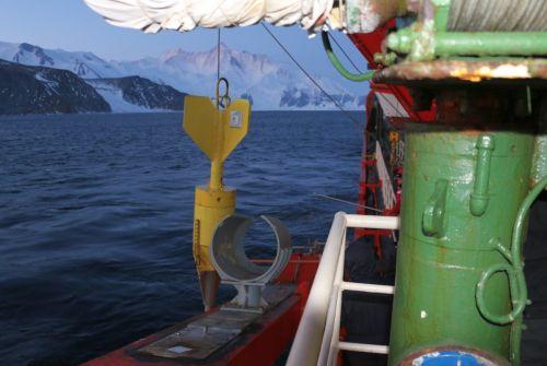 La nave cargo-oceanografica Italica viene utilizzata nelle campagne antartiche