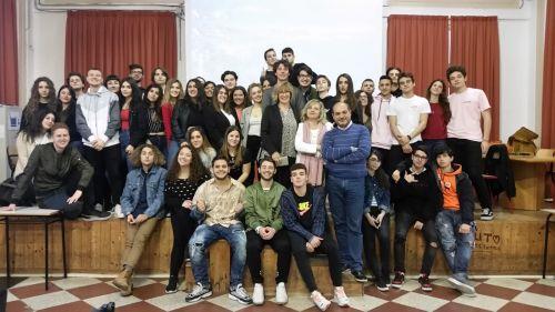 Foto di gruppo studenti e tutor