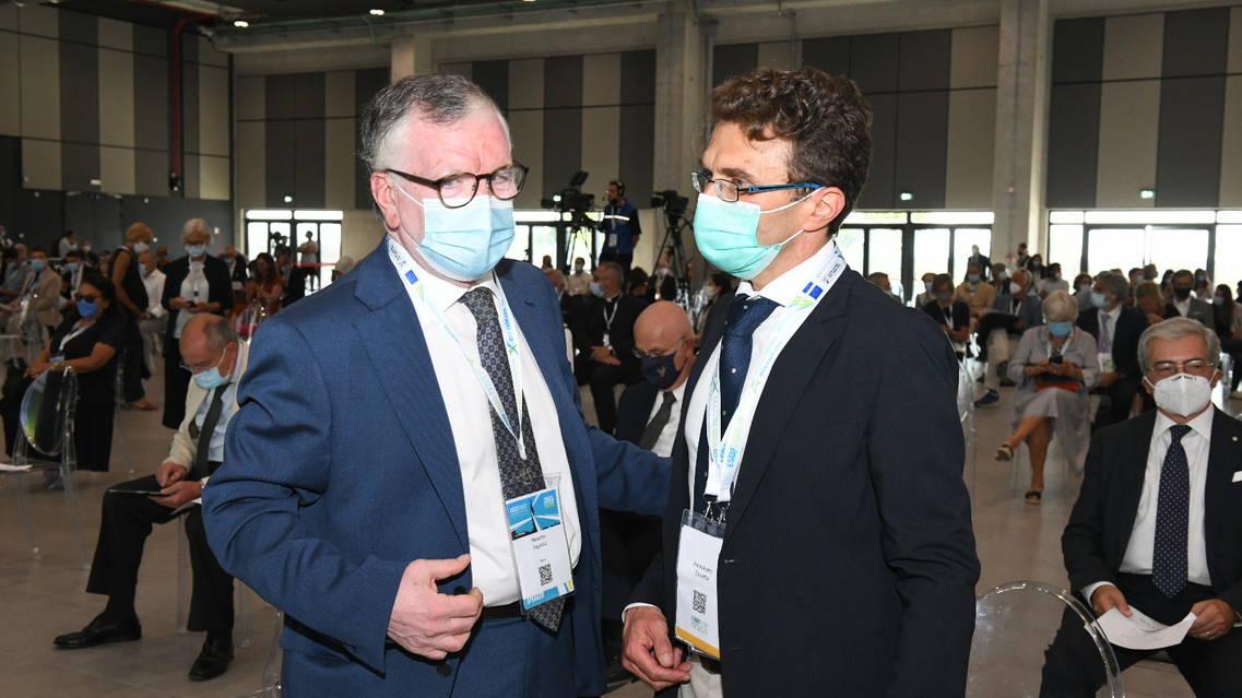 il presidente Massimo Inguscio con Alessandro Zavatta (Cnr-Ino) (credits: Vittorio Tulli, Cnr)